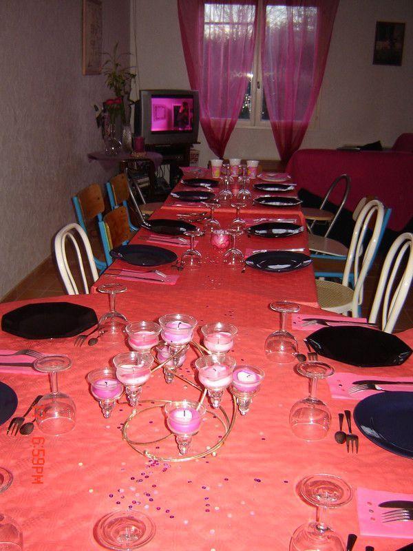 Deco table rouge et noire for Deco table noir et rouge